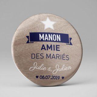 Badge personnalisé mariage / Plan de table original / Etoile bois